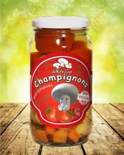 Champignon with cherry tomato